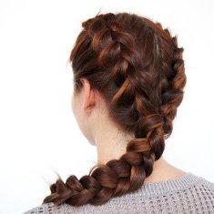 Flechtfrisur für lange Haare