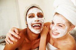 Gesichtspflege-Masken sorgen für eine Extra-Portion Pflege