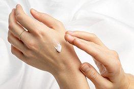 Flüssigseife gehört zur Handpflege dazu