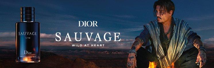 Johnny Depp und Parfum Flakon